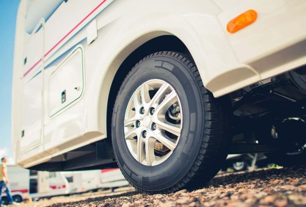 best rv tires_featimage