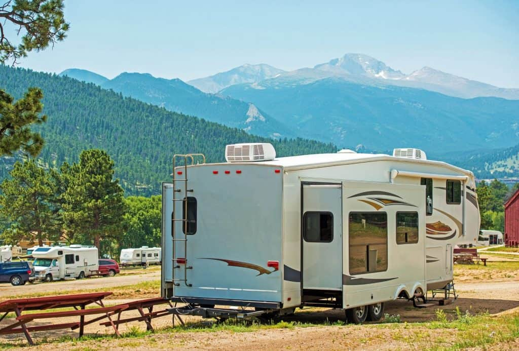 best fifth wheel hitch_featimage